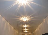 установка светильников в натяжные потолки в Сургуте
